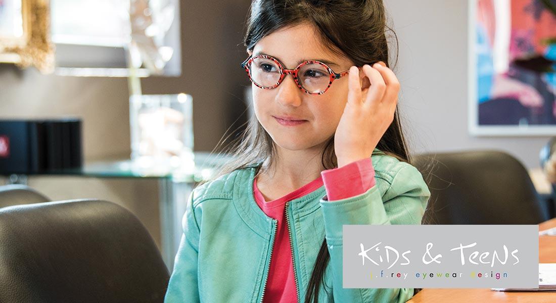 f1935afb6306d5 J.F. Rey kinderbrillen  kleurrijk